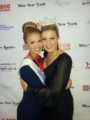 Miss America's Outstanding Teen 2013 Rachel Wyatt with Miss America 2013 Mallory Hagan