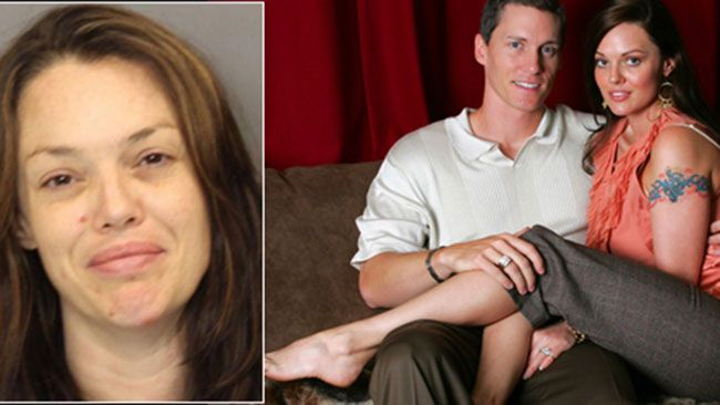 """INFAMOUS """"Baseball Wife"""" Anna Benson allegedly went batty yesterday when she pulled a gun on her estranged husband, former Mets pitcher Kris Benson, and demanded money."""