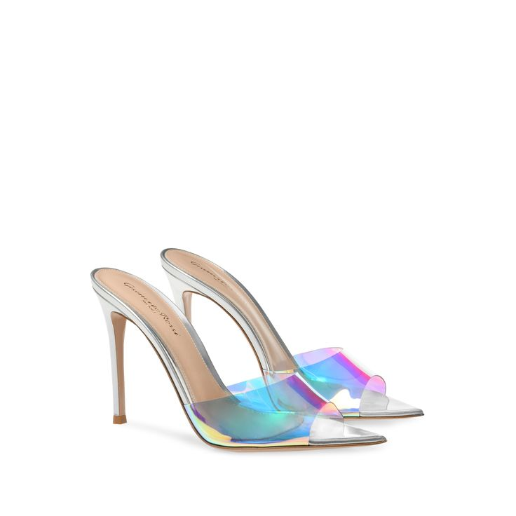 This barely-there open-toe mule is crafted from silver nappa and features a toe band made of Hologram plexi, a new iridescent version of PVC, with an stiletto heel. Combining a glowing effect with a decisive pointed toe sole, the Elle 105 mule makes Dream Shoes, Crazy Shoes, Lv Handbags, Fashion Handbags, Stiletto Heels, High Heels, Stilettos, Toe Band, Shoe Boots