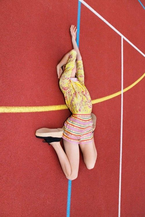 Carven by Viviane Sassen  Match colours, use lines etc