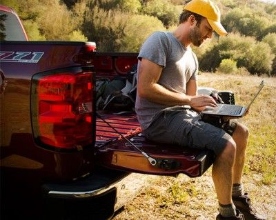4 Ways To Get Internet Access Off-Grid (Even Without Electricity)