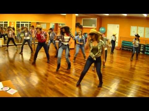 BOOT SCOOTIN BOOGIE BROOKS & DUNN LINE DANCE DANA - YouTube