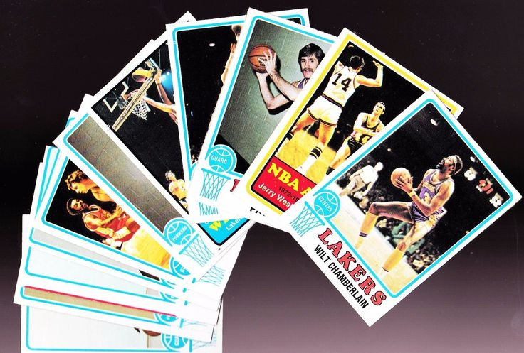 1973-74 TOPPS LAKERS TEAM SET-WILT CHAMBERLAIN 80 JERRY WEST 100 PAT RILEY 21