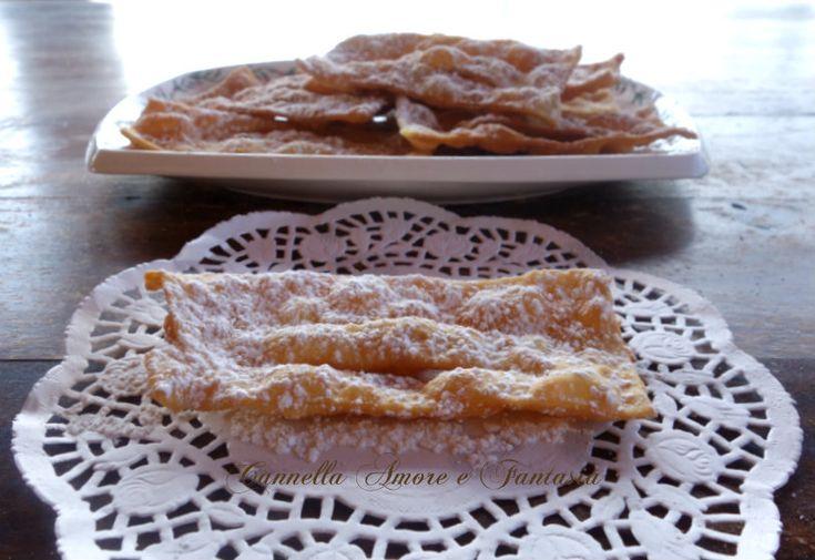 Le chiacchere di carnevale al Marsala ricetta Siciliana