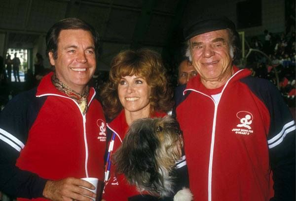 """February 1, 1981 at Beverly Hills High School  ~  Robert Wagner, Stefanie Powers, Lionel Stander and """"Freeway Hart"""" at the """"Jump Rope For Hart to Heart Rally""""  ---  already pinned?????"""