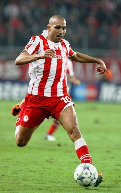 Djebbour Rafik Zoheir. Grenoble. France. (1984). Επιθετικός. Από το 2011-2014. (56 συμμετοχές 39 goals ).