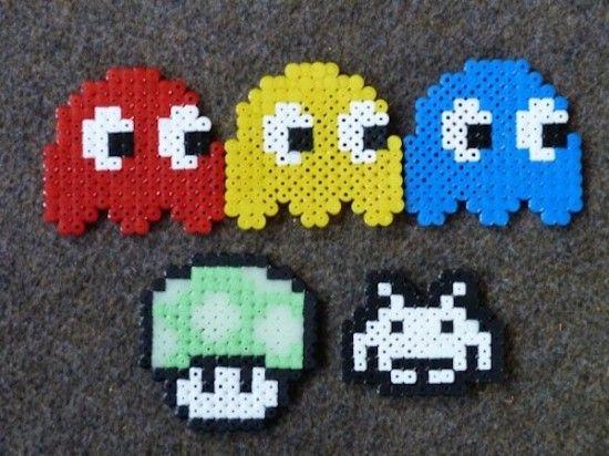 figuras de Pacman con hama beads