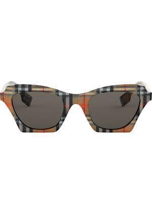77f85f57cf gafas de sol con montura cuadrada a cuadros   otro closet in 2018