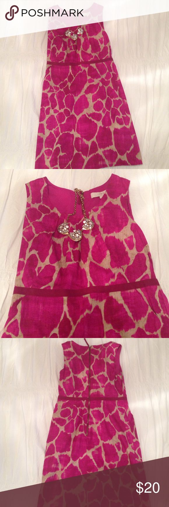 Pink Petite Loft Dress w/pockets!!! Super cute summery dress! It has pockets and is perfect for a wedding or any special event. Necklace not included. LOFT Dresses Midi