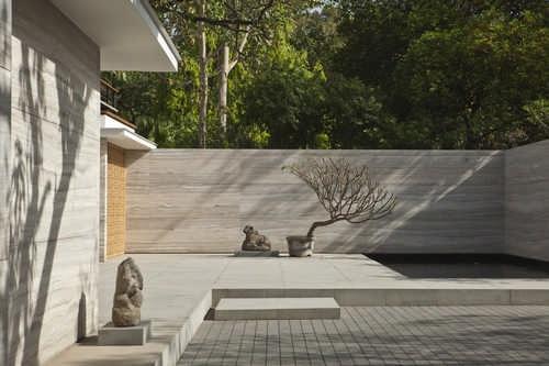 INDIA HOUSE      New Delhi, India      Architects: Bedmar & Shi