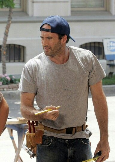Luke Danes (Scott Patterson) Luke has just been running his diner and impartinglifelessons onto his daughter, April. He's as surly as ever.