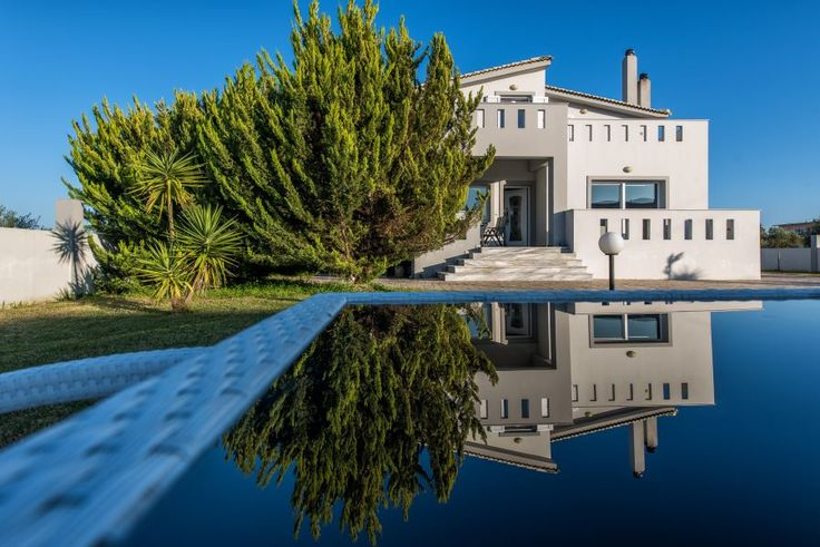 Located in Lagana's area, 3km away from the airport & 5km from Zante town, the stylish villa Reina, suits to all guests, who wish to reside in privileged splendor with high quality services. Offering unrivalled space and unsurpassed privacy, this beautiful Villa is the ultimate blissful retreat.