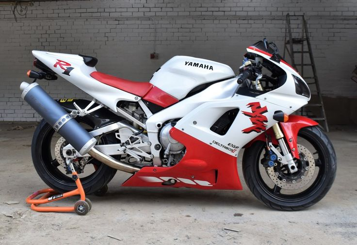 1998 Yamaha YZF-R1