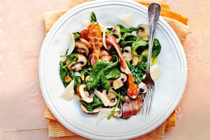 Kijk wat een lekker recept ik heb gevonden op Allerhande! Spinazie met champignons