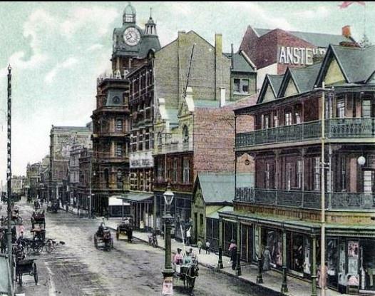 Old Johannesburg, showing Ansteys building.