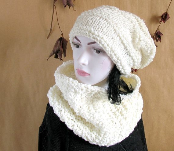 Hand knit women winter set Scarf and hat wool by recyclingroom