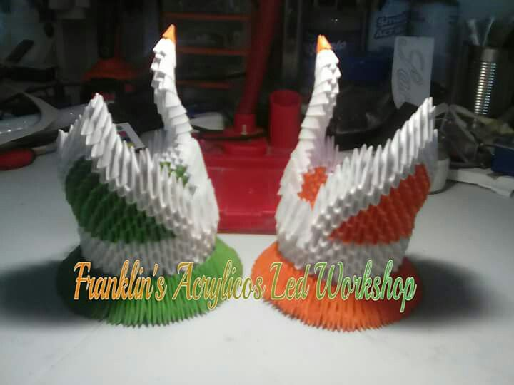 Cisnes Blanco, verde y naranja