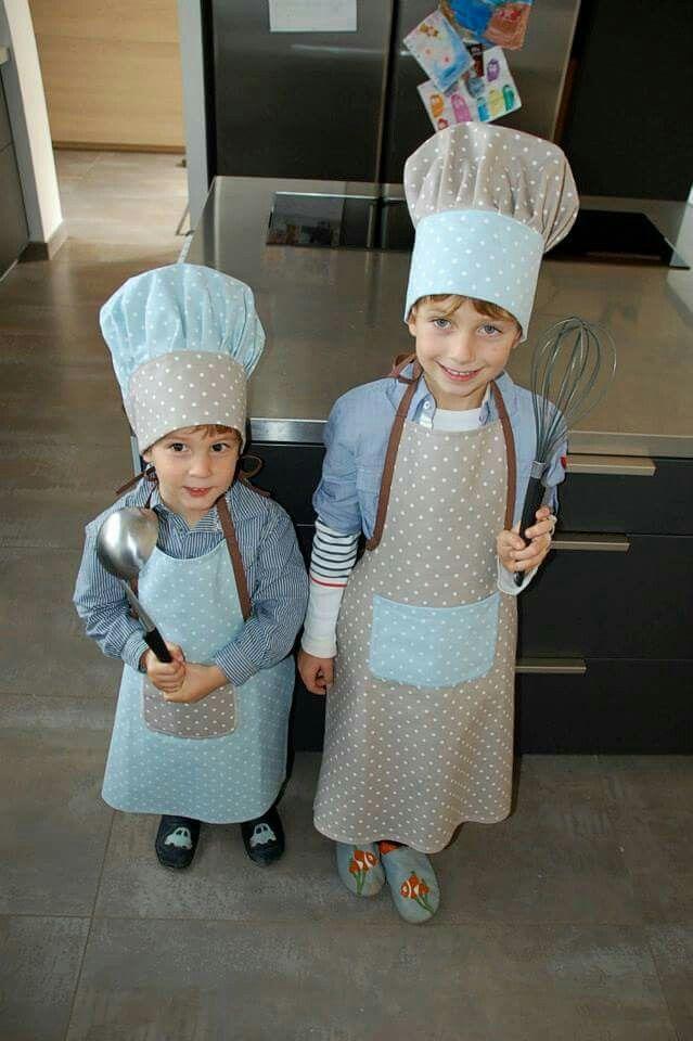 tablier et toque de cuisinier enfant