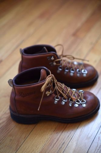 Womens-Light-Brown-Danner-Hiking-Boots-Size-7 on Ebay