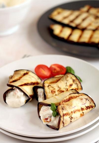 Rollitos de Berenjenas y Ricotta: Canapes, Recipe, Cocina Lights, Ricotta, Recipes, Eggplant, Rolls, Kitchen