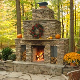 Backyard+Entertainment+With+Fire+Pit | Outdoor Fireplaces and Fire Pits | Classic Stonescaping | Serving ...