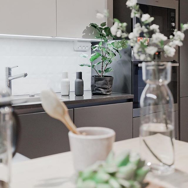 Hyvää huomenta! Tämä ihana koti tuli juuri myyntiin, käy kurkkaamassa lisää: http://bolkv.fi/kohde/501837/  #bolkv #kotimyynnissä #raisio #scandinavianhome #scandinaviandesign