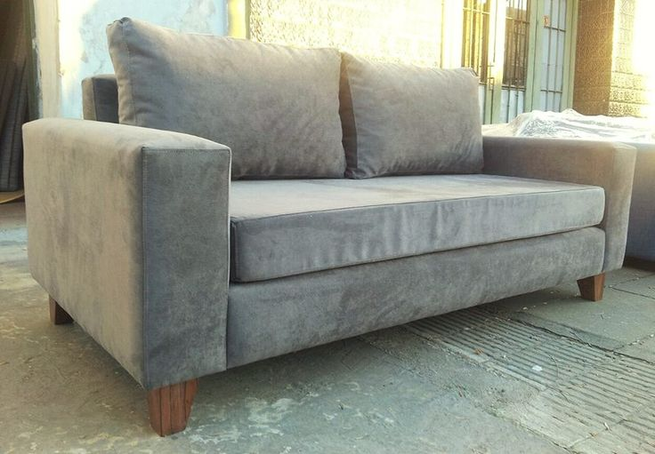 Sof cubo 200x90 tapizado en panne gris con asiento de for Sofa 4 plazas asientos deslizantes
