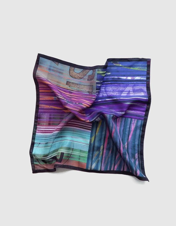 Hey, I found this really awesome Etsy listing at https://www.etsy.com/uk/listing/253024106/violet-and-purple-pocket-square-silk