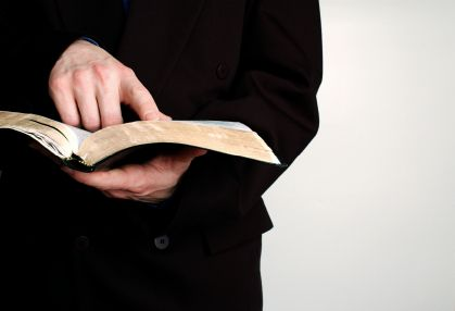 Straight from the pastor's mouth... 10 ways to make your pastor's job easier!