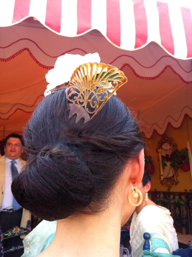 Una peina Art Nouveau perfecta para la Feria de Abril