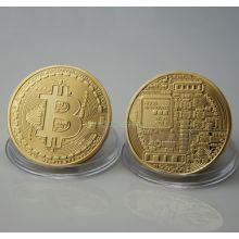 Позолочённая монета Биткоин
