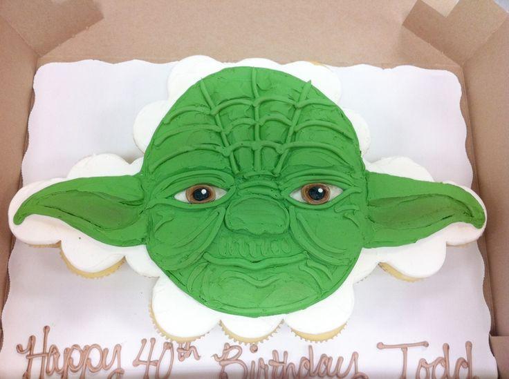 Yoda cupcake cake, cute!