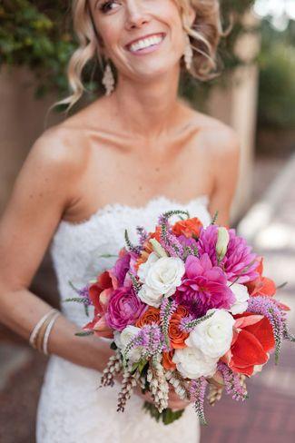 Brautsträusse – bunt und wild wie der Sommer