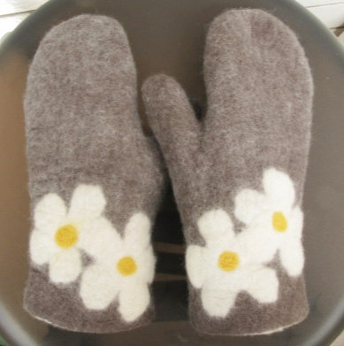 felted mittens grey with daisy adult by lewin on Etsy, $68.00
