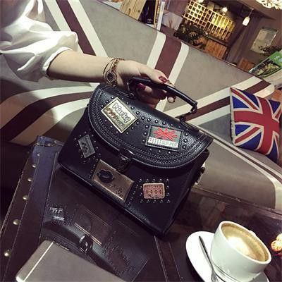 Instant Style Bag - Women's It'll give you a STYLE!  Visit our store, click here www.sta.cr/2QZN2  #Accessories #AccessoriesForGirls #WomenAccessories  #BagsForGirls #ClassyHandbags #Bags