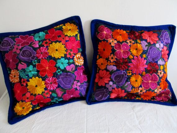 Two Beautiful embroidered cushion cover typical of Chiapas Handmade by artisans in the region San Cristobal de las Casas made in sedalina The case has