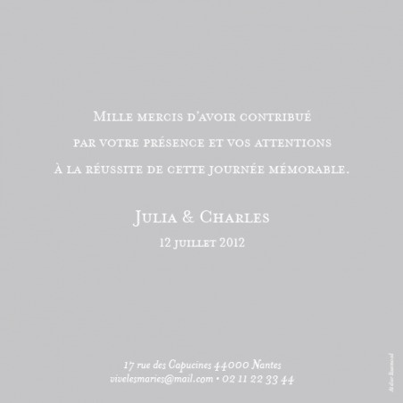 Carte de remerciement de mariage (wedding thank you card) : Chic (photo) - by Sibylle Derkenne pour http://www.rosemood.fr #mariage #wedding