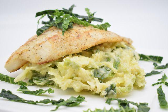 Dominique's kitchen: Savooistoemp en pangasius - Savoy cabbage mashed p...  SAVOOISTOEMP EN PANGASIUS SAVOY CABBAGE MASHED POTATOES AND PANGASIUS   Nieuwsgierig naar het recept? Klik op onderstaande foto. Curious for the recipe? Click on the picture below.   #aardappelen #cream #muskaatnoot #nutmeg #pangasius #potatoes #room #savooikool #savoycabbage #fish