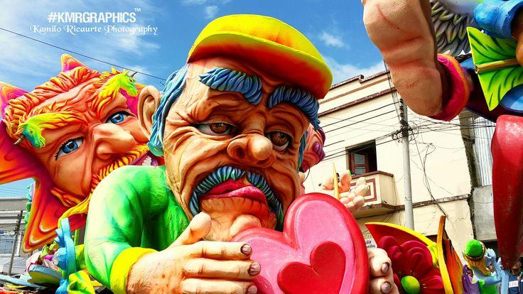 Alegorico #muñeco #carnaval #canont3i #photograph #kmrgraphics #photography #Photographer #picoftheday #picture #pictureoftheday #pic #fotodeldia #fotografia #foto #photo #photographeroninstagram #photoshoot #artistoninstagram #worldplaces #canont3i #photographyislife #photographylovers