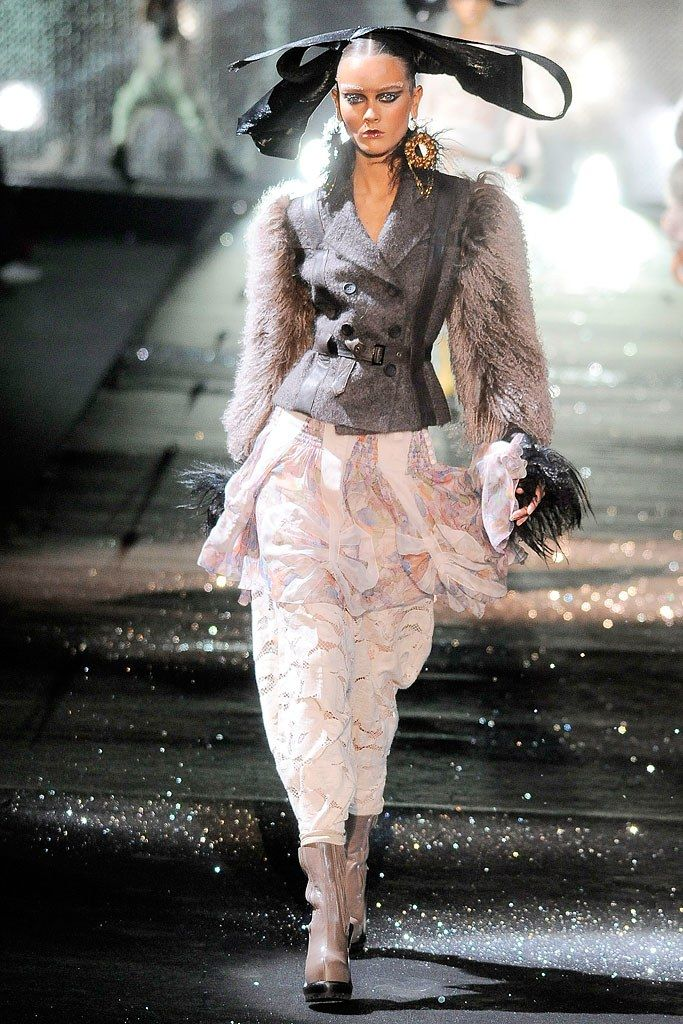 John Galliano Fall 2010 Ready-to-Wear Collection Photos - Vogue