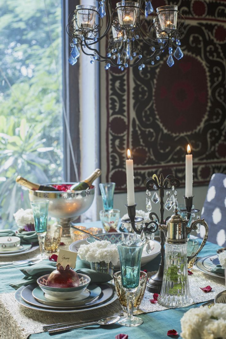 37 best Tablescapes images on Pinterest | Table settings ...