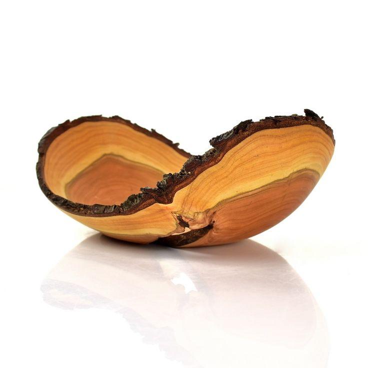 #Naturaledge #birdcherry #bowl / Miska z czeremchy z korą /  #toczenie #toczeniewdrewnie #woodworking #woodturning #wooddesign #drechseln #handcraft #woodenbowl #woodshop #woodart #wood #drewno #zdrewna #drewnianeprzedmioty #misy #miska #misyzdrewna #czeremcha #kora #recznierobione #rękodzieło #handmade #donitza #homedecor #interiordesign #dekoracja