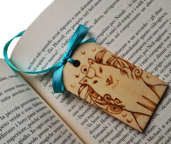 wooden bookmark Okami by ChibiPyroFable on Etsy  #chibipyro #artisan #craft #shop #leather #wood #woodburning #fire #fan #art #artisan #craft #handmade #etsy #shop #pyro #pyrography #burn #burning #fire #drawing #woodburner #cork #recycled #purse #comb #hairbrush #note #book #sketch #tobacco #pouch #bookmark #pochette #box #pencil #case