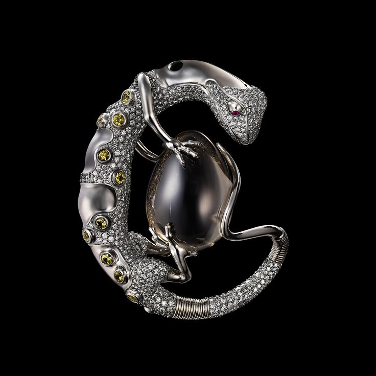 http://www.dashi-art.com/files/gallery/item/1_jewelry34.jpg
