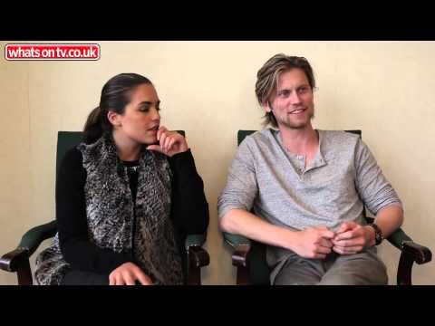 Neighbours' Olympia Valance: Holly's helped me all the way - http://maxblog.com/5728/neighbours-olympia-valance-hollys-helped-me-all-the-way/