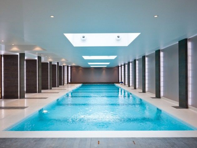 17 best images about piscines ext rieures on pinterest for Carrelage piscine interieure