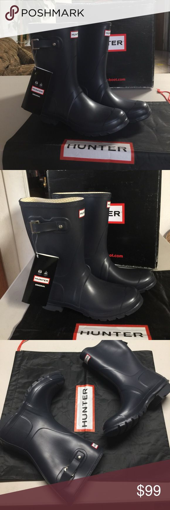 Hunter short matte navy blue will fit size 10 too New! Authentic.Don't buy used boots! Pay the same or less for a pair of Brand New HUNTER boots that you can easily re-sell & get your 💰 back. Comes with box, a little beat up from transportation. These are an amazing fashion statement. Great for rainy days, cloudy days, beach, snow,the woods a trip to the river or just doing yard work ... the possibilities are endless. Bundle and save! Limited supply. Read the about me for reviews, Priced to…