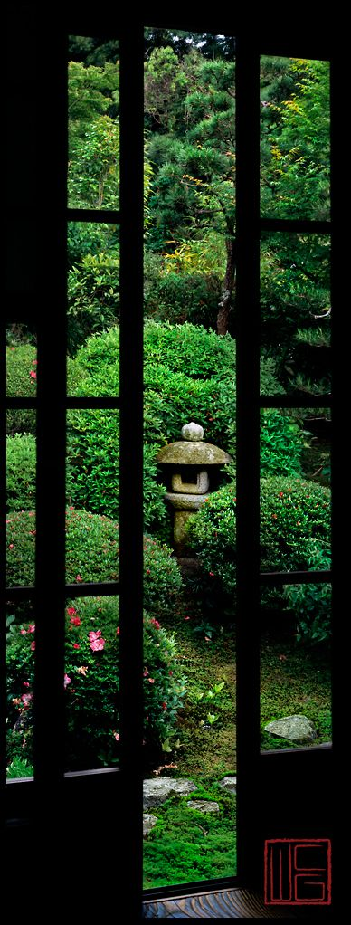 Anraku-ji in Kyoto, Japan: photo by William Corey: Gardens Inkyoto, Japan Garden, Window, Anraku Ji Peaceful Gardens, Japanese Gardens, By, Zen Gardens, Photo, Kyoto Japan