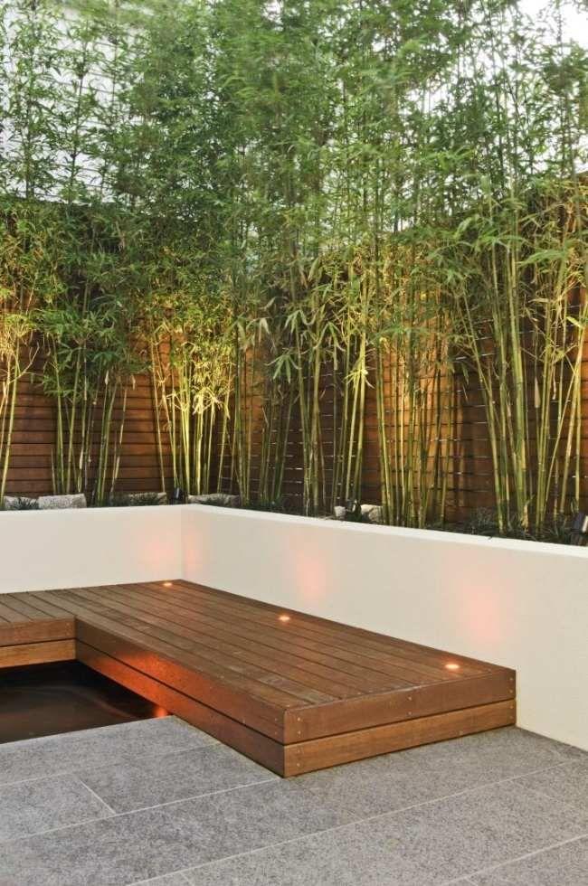 Innenhof Gestaltung Sichtschutz Bambus Holz Brucke Einbaulicht
