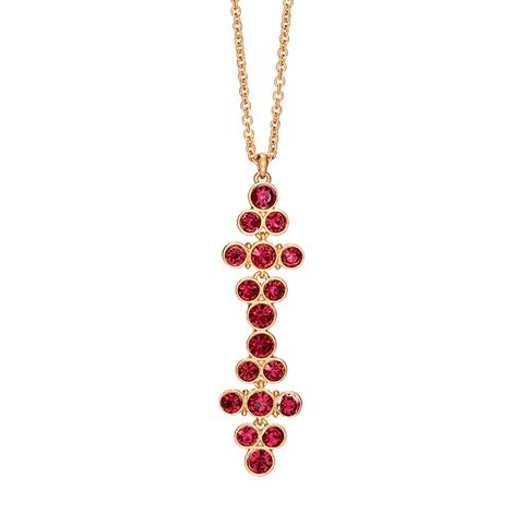 Cascading red rhinestones set in goldtone. 81 cm L chain with a 9 cm extender. #Avon #collier #Noël #rouge #Necklace #red